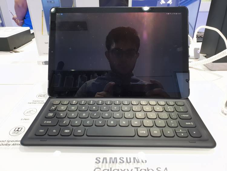Galaxy Tab S4 | Killer iPad rival from Samsung | Review